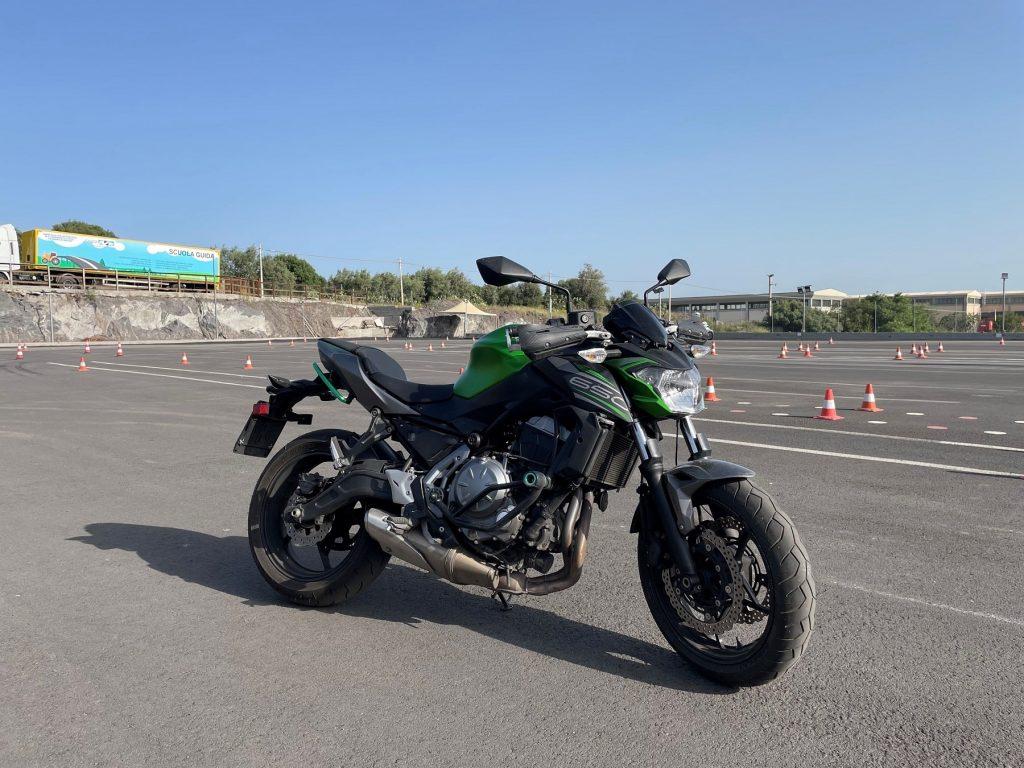 moto7 min
